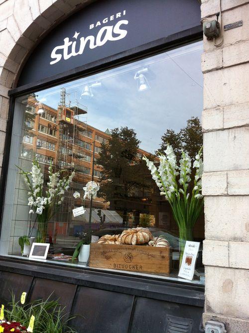 Stinas bageri skyltfönster